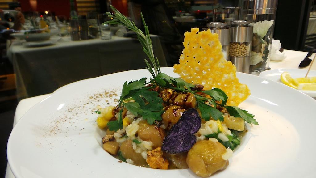 Risotto aux châtaignes et potirons, dés de foie gras poêlés et feuilles d'épinard (29.-)