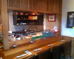 nagomi excellent restaurant japonais pour les sushis. Black Bedroom Furniture Sets. Home Design Ideas