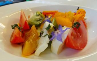 Tomates multicolores acidulées balsamiques et mozzarella (12e)