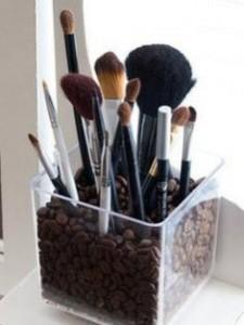 rangement-pinceaux-maquillage